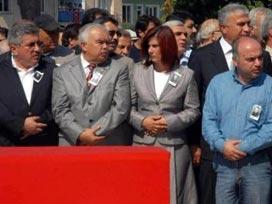 Şehit cenazesinde kadın milletvekili
