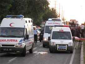 Polis okulu servis aracına saldırı