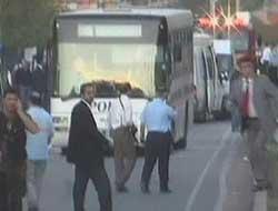 Polis aracına saldıranlar yakalandı