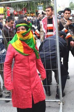 İzmirde tutuklamalar