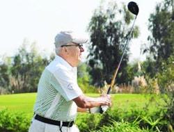 Golfçü Paşanın kalbine vurdu