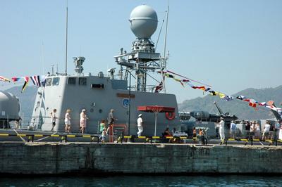 Marmariste Donanma Gemileri Ziyarete Açıldı