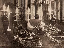 ATAnın cenaze namazı kılındı mı