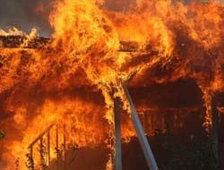 Kaliforniya cayır cayır yanıyor