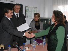 Kadın kursiyerler sertifikalarını aldı
