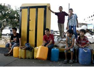 """""""Can damarı"""" kapatılan Gazzede akaryakıt sıkıntısı"""