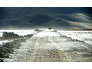 Peruda aşırı soğuklar ve kar can aldı