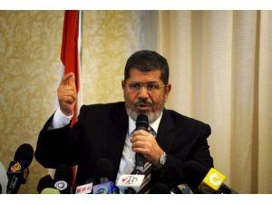Mursi ceza mahkemesine sevk edildi