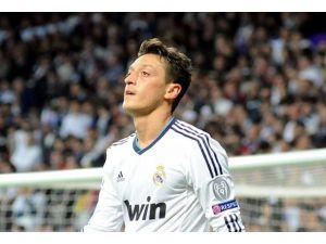 Mesut Özil Arsenal yolcusu