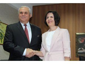 KKTCde yeni başbakan görevi devraldı