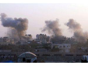 Mısır ordusu Sinada bazı hedefleri bombaladı