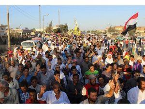 """Mısırda """"asıl terör darbedir"""" gösterileri"""