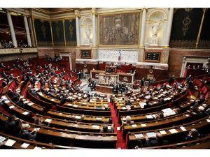 Fransızlar askeri müdahale konusunda parlamento onayı istiyor