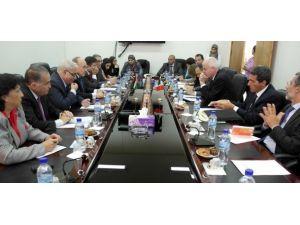 İtalyadan Filistine 80 milyon dolarlık yardım
