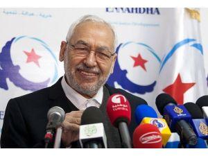 Tunus'taki siyasi gerginliğin yönetiminde Gannuşi faktörü