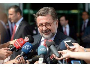 Türkiyenin Kahire Büyükelçisinden ilk mesaj