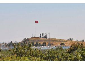 Uçaksavar ve füze rampaları Suriye sınırında