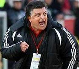 Süper Ligde bir istifa daha