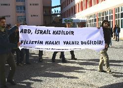 MUĞLA ÜNİVERSİTESİ ÖĞRENCİLERİ İSRAİLİ PROTESTO ETTİ