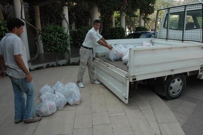 Armutalan Belediyesi Ramazan Paketlerini Dağıtmaya Başladı