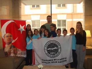 Küçük kulaçlar İzmir'den döndü