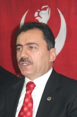 Muhsin Yazıcıoğlu, İzmirde