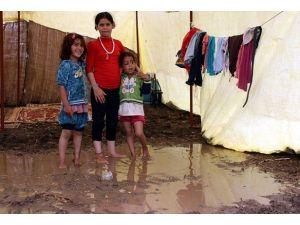 Suriyeli göçmen krizine desek çağrısı