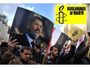 Mursinin savunma hakları garanti altına alınmalı