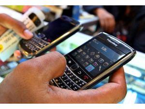 BlackBerrynin satışından vazgeçildi