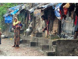 Rohingya Müslümanlarının Acı Yüzü