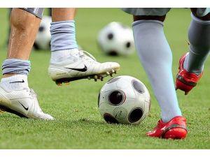 "Kıbrısta ""futbol"" anlaşması"