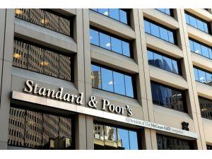 S&P Fransanın kredi notunu düşürdü