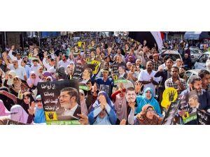 Mısırda darbe karşıtı cuma gösterileri