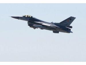 Türk F-16ları Rus ve Yunan uçaklarını izledi