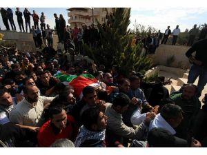 Öldürülen Filistinliler için cenaze töreni