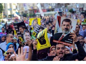 """Mısırda darbe karşıtı """"Ulusal İttifak"""""""