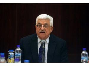 Filistin Devlet Başkanı Abbas Mısırda