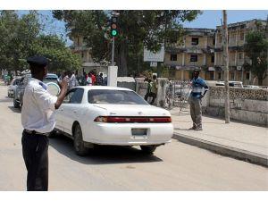 """Somali 20 yılın ardından """"trafik ışığına"""" kavuştu"""
