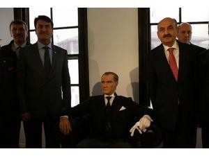 Atatürk'ün doğduğu evde anma töreni