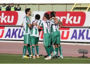 Torku Konyaspor sahasında galip