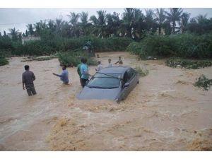 Somalideki sel felaketinde 100 kişi öldü