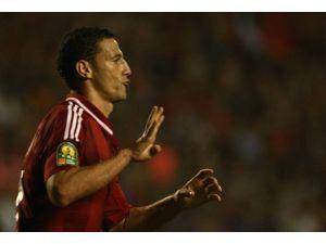 "Mısırda ""Rabia"" işareti yapan futbolcuya ceza"