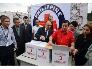 Türkiyenin yardımı Filipinlere ulaştı