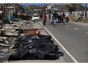 AA ekibi Filipinlerde felaket bölgesinde
