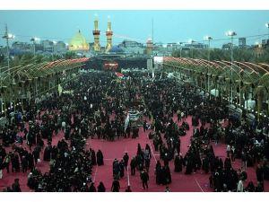 Irakta Şiiler törenler için tarihi kentlere akın ediyor