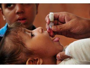Suriye ile komşu illerdeki 5 yaş altı tüm çocuklara çocuk felci aşısı