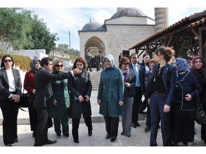 Hayrünnisa Gül Ashab-ı Kehfi ziyaret etti
