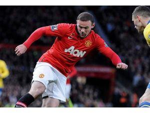 Rooney'e rekor teklif