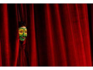 Bakanlıktan özel tiyatrolara rekor destek