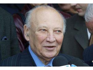 Rum yönetimi eski lideri Klerides öldü